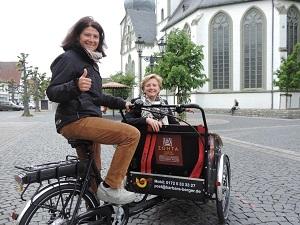 Zonta Club Lippstadt spendet Rikscha für gemeinnützige Zwecke