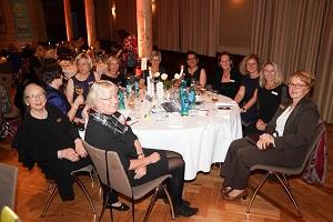 Delegationen der Zonta Clubs Lippstadt und Arnsberg