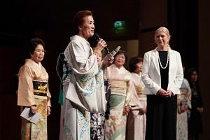 Zonta International President Dr. Susanne von Bassewitz mit einer Delegation aus Japan